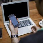Jak założyć firmę przez telefon?